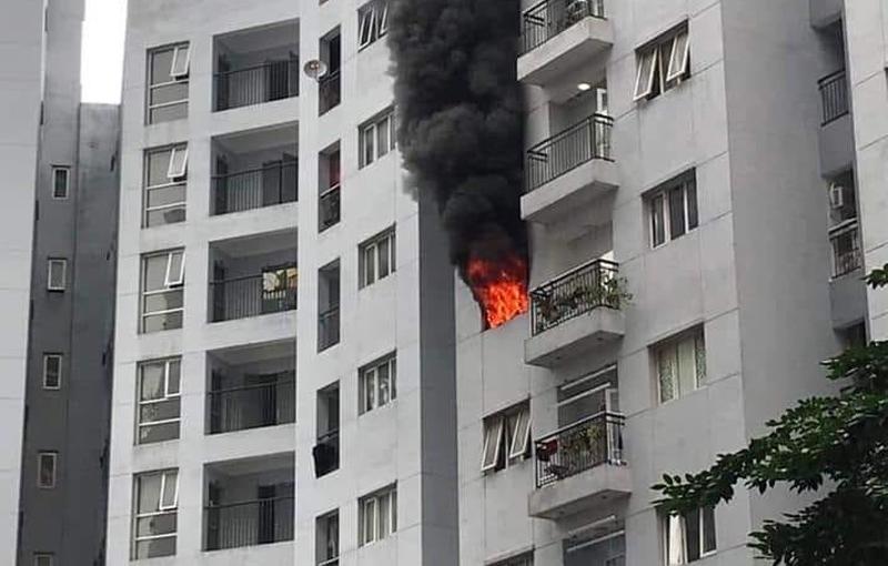 Khi cháy chung cư nên chạy lên hay xuống, có nên chạy lên sân thượng?